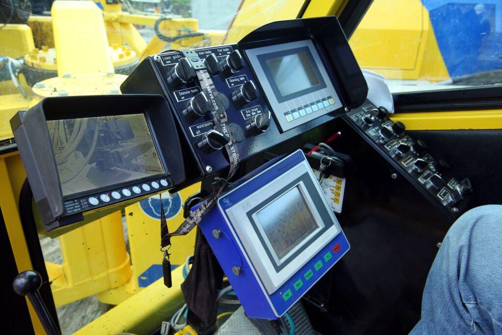 Morris-Shea Automated Monitoring Equipment transmits pile data